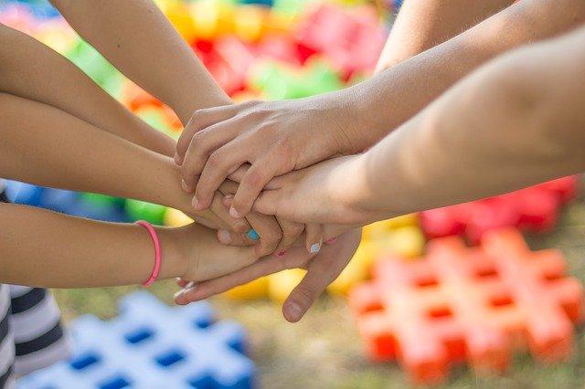dukungan dari keluarga merupakan pertolongan pertama kesehatan mental yang utama